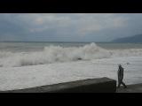 Гагры море волнуется